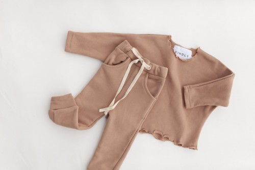 BE KIND PULLOVER AND JOGGER- Pink Earth